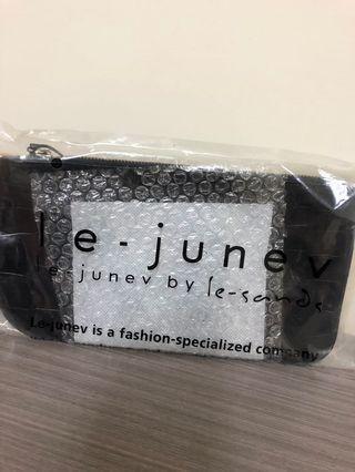 Le·Junev 韓國🇰🇷真皮手拿包
