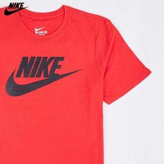 Nike 紅色t-shirt (保存良好)