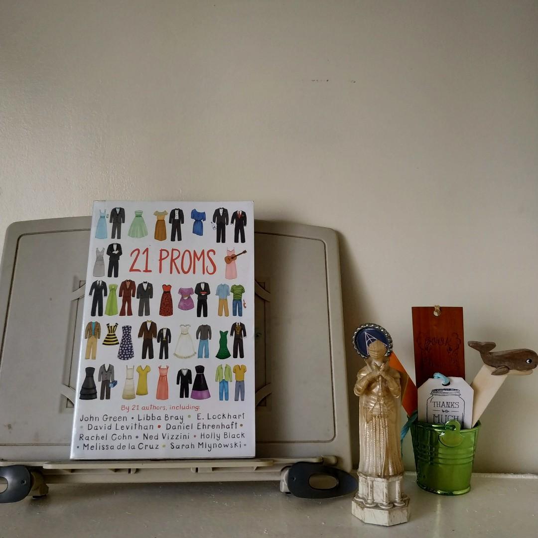 21 Prom by 21 authors (i.e. John Green, David Levithan, Libba Bray & Ned Vizzini)