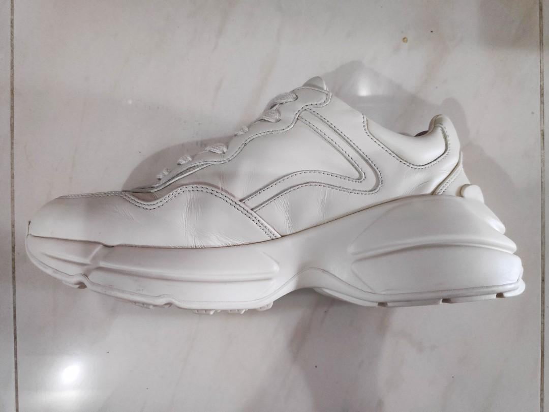 Authentic GUCCI white rhyton wave print sneakers