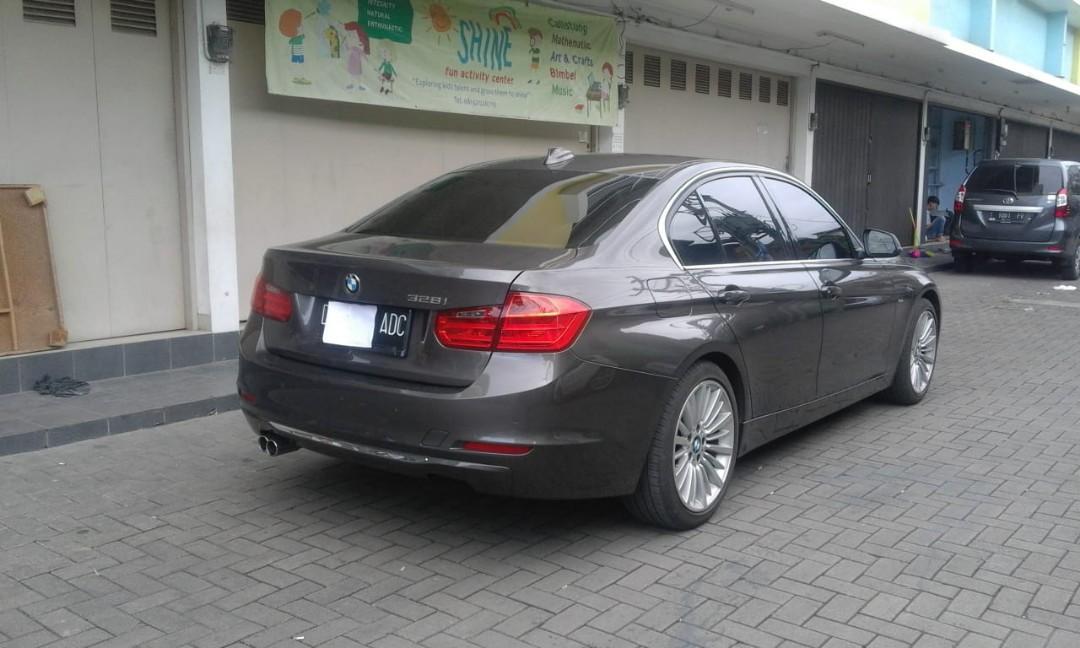 BMW F30 328i Havana Brown on Black Luxury Line (2014) Pemakaian 2015 Excellent Condition
