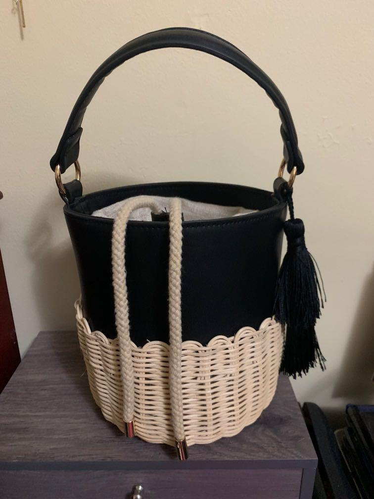 Brand New wicker bucket bag