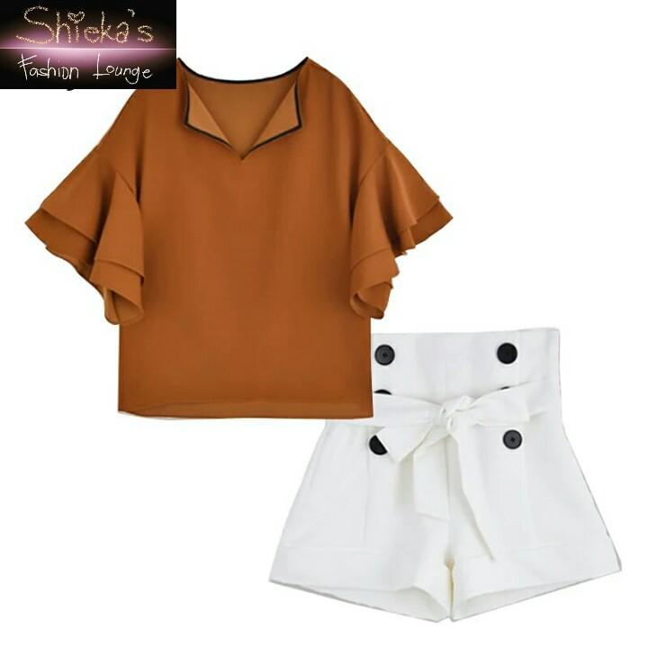 Sets Flare Sleeve Blouse & High Waist Shorts w/ Belt