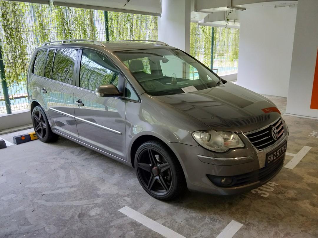 Volkswagen Touran 1.4 Sport TSI DSG Auto