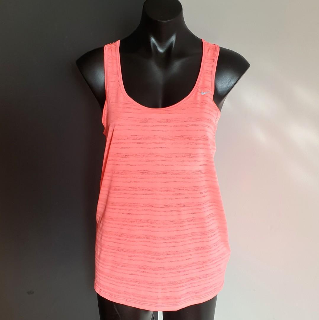 Women's size S 'NIKE' Gorgeous orange dri-fit activewear tank top - AS NEW
