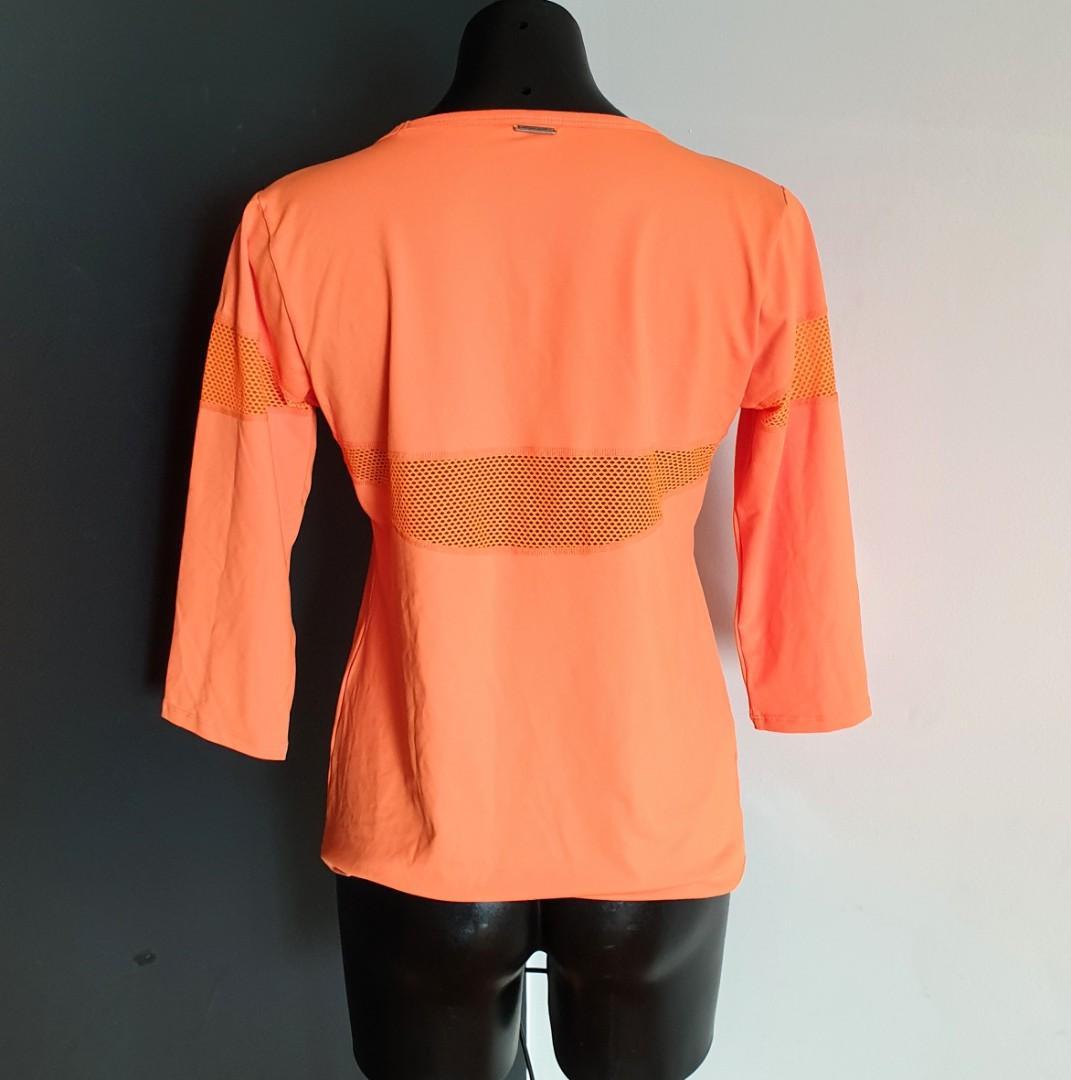 Women's size XL 'ABI AND JOSEPH' Gorgeous orange long sleeve activewear top - AS NEW