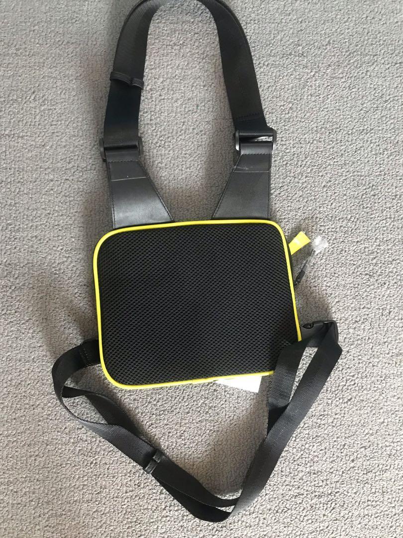 Zara man utility chest bag