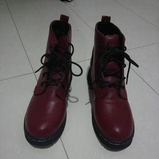 鞋帶 酒紅色 高統 靴子 40號