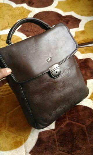 Braun Buffel Leather Bag
