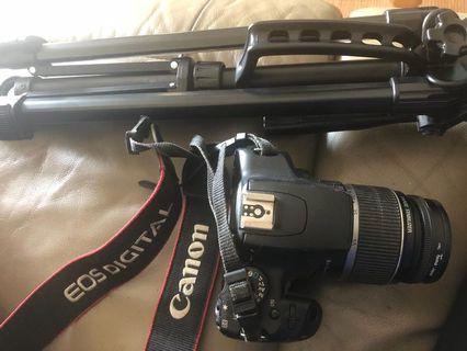 Canon DSLR Camera 1000D. Free tripod!