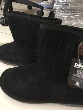 黑色平底馬靴