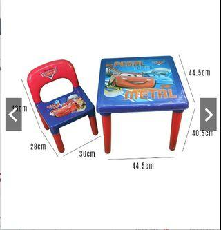 Disney Kids children study desk / dining table