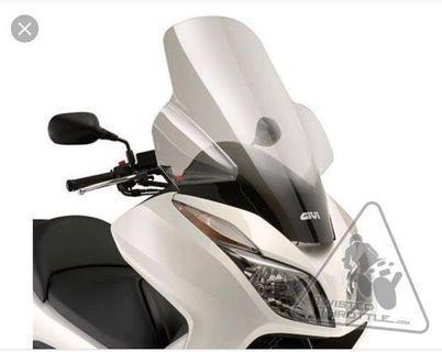 Honda Forza 300 (MF12)2013-17 GIVI tall windscreen