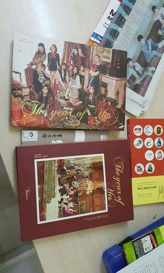 Twice The Year of Yes Albums /w lomo cards and poster
