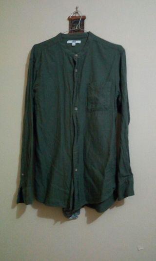 Uniqlo Mandarin Collar Dark Green Long Sleeve Shirt
