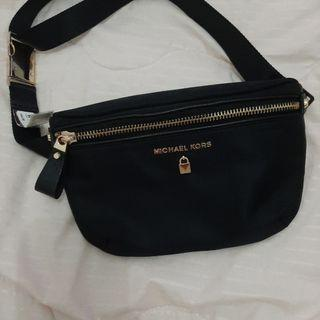 Prelove Tas pinggang Michael Kors Original Authentic