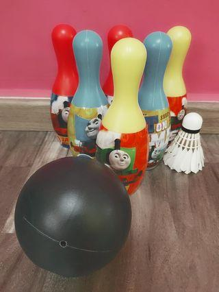 Bowling pins with ball (lightweight)