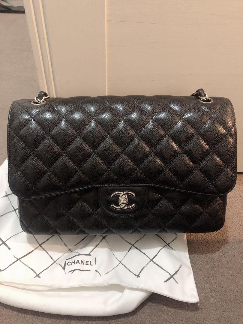 Authentic Chanel Classic-Jumbo size in caviar leather with SHW