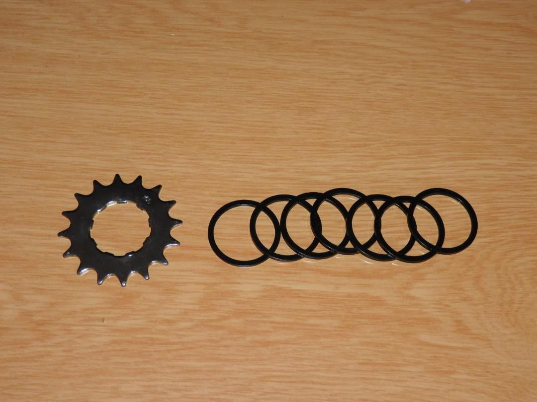 Freewheel or BB spacer 1.0 mm to align chain set of 2