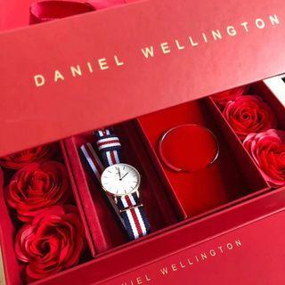 dw尼龍帶手錶 白色錶盤腕錶手鐲套裝 玫瑰禮盒包裝