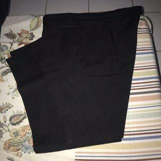 Celana kerja hitam