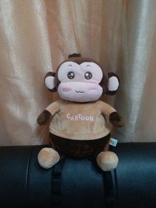 卡通童背包 可愛猴子玩偶造型後背包 絨毛柔軟小朋友背起來超卡哇伊