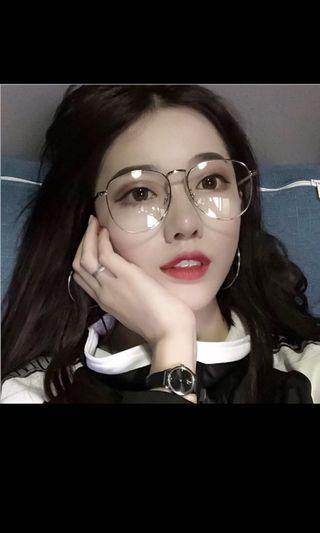 平光眼鏡👓 #恭喜旋轉七歲囉!