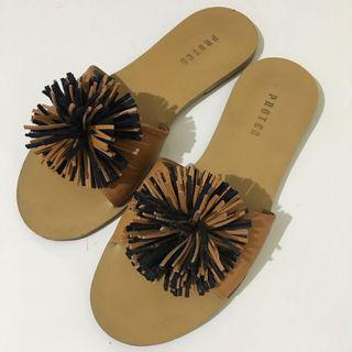 Protea sandal