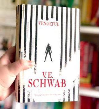 (New/English) Vengeful : V.E.Schwab
