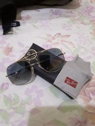 """100% Authentic Rayban """"The Generals"""" Gradient blue"""