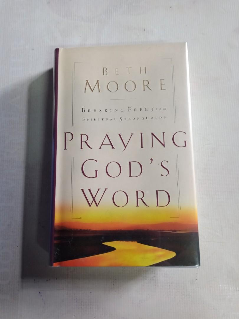 1, The Great Divorce Php 500 2, The Abolition Man Php  3, The Power of praying Adult Children's Php 500 4, Present over Perfect Php 500 5, Praying for God's Word Php 500