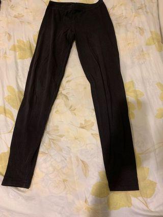 黑色休閒內搭褲