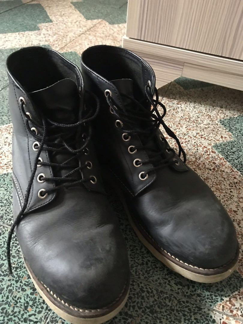 中筒黑靴子