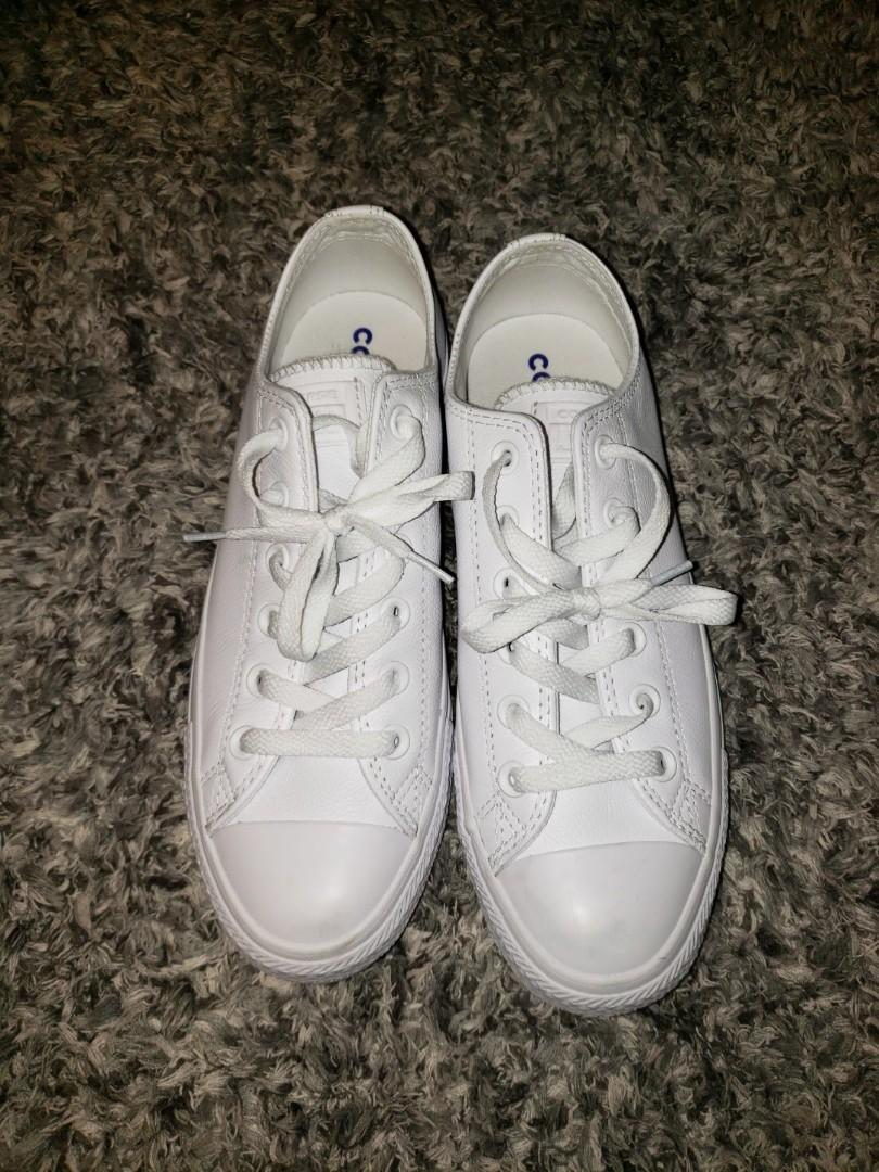Converse -Chuck Taylor All Star Mono Leather Low Top Sneaker
