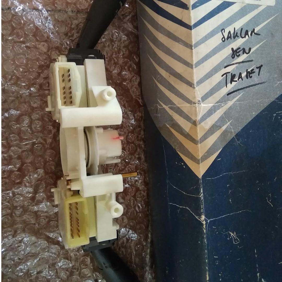 Silahkan di tawar, 1 set switch atau tuas ( kiri & kanan ), KIA Sportage Generasi ke-2, kondisi 299,99 % baru