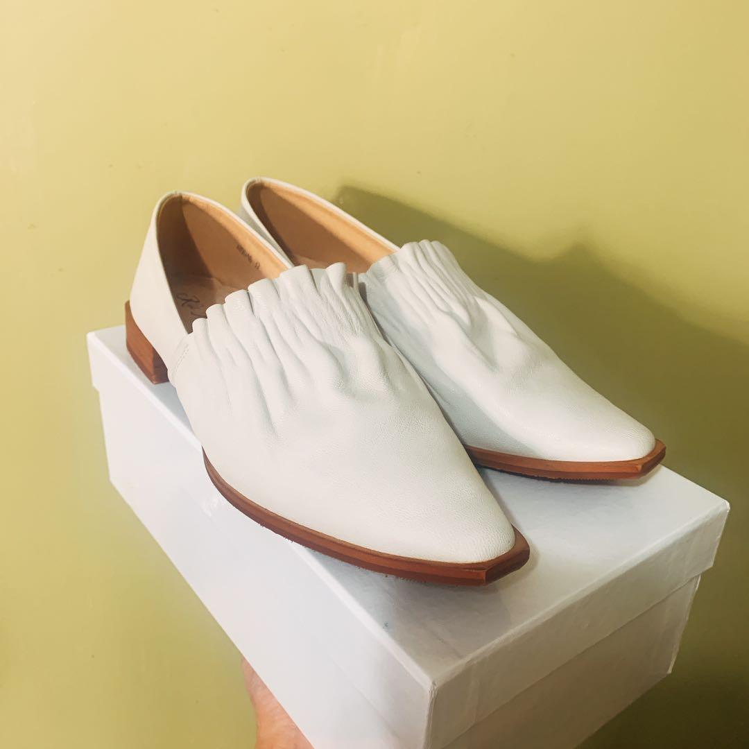 Initial 風格Vintage 真皮鞋