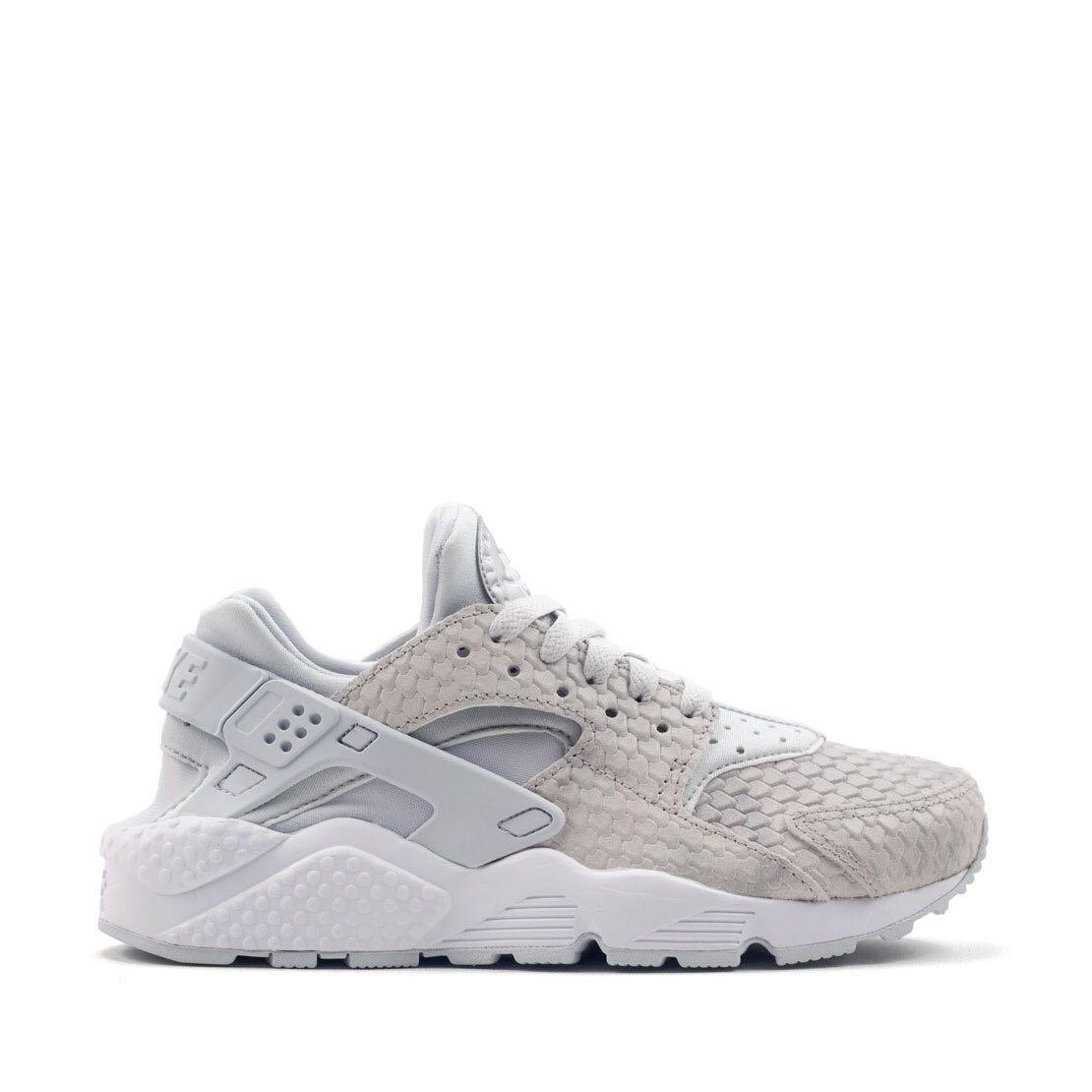 ON HOLD nike air huarache premium sneakers with grey/platinum snake skin pattern