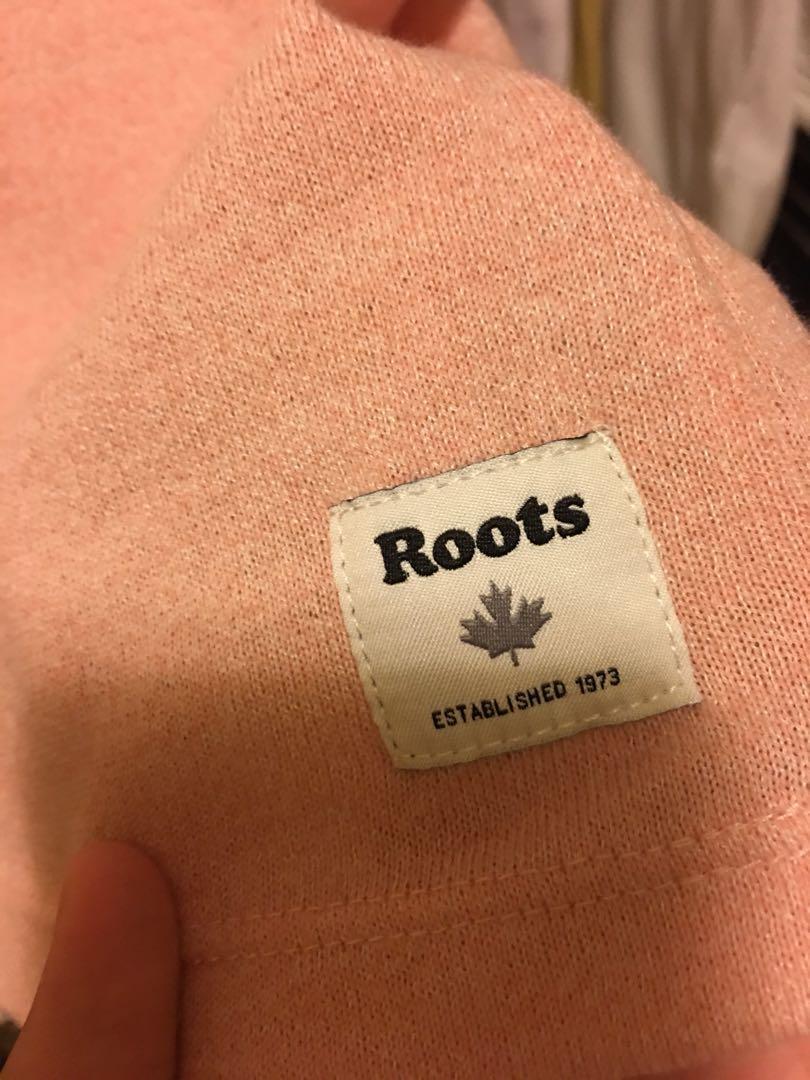 Roots粉色上衣