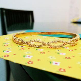 Bangle (Gold plated with zirconia)