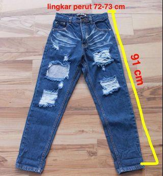 Punny Jeans (size 25-26) xs to s #Kosonginlemari