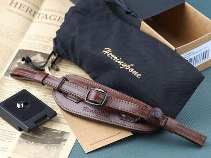 Herringbone Heritage Leather Camera Wrist Strap in Brown