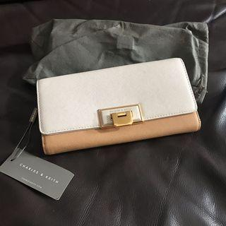 ORI with tag Charles & and Keith Wallet Dompet Wanita Cewe