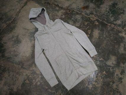 Log zip hoodie uniqlo not Adidas Nike stussy