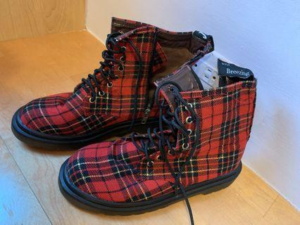 韓國製 英倫搖滾 紅格紋靴 靴子 布鞋