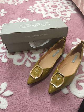 Yuan clothing flat shoes