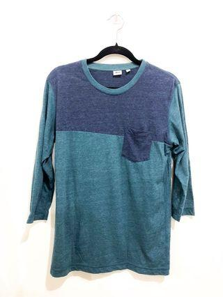 Uniqlo 3/4 T Shirt