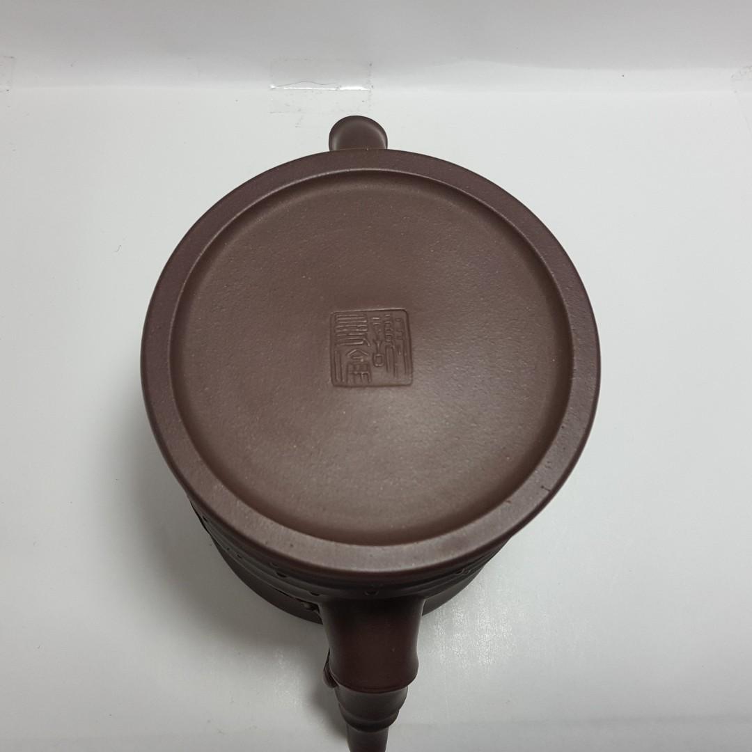 //壺作飛為//早期高級工藝師謝曼倫高身竹節紫砂壺(丁)~請品賞