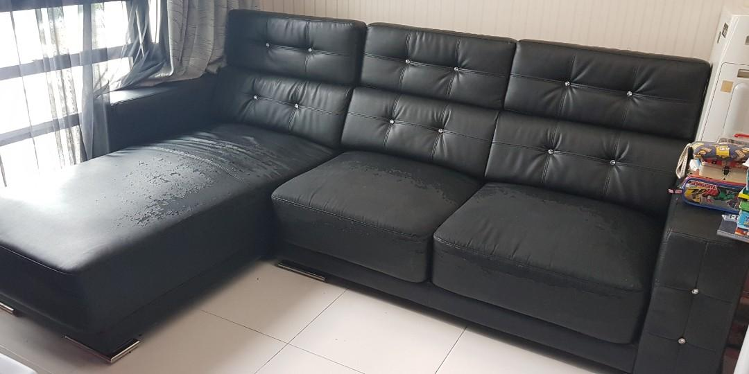 Cool Black Leather Sofa On Carousell Machost Co Dining Chair Design Ideas Machostcouk