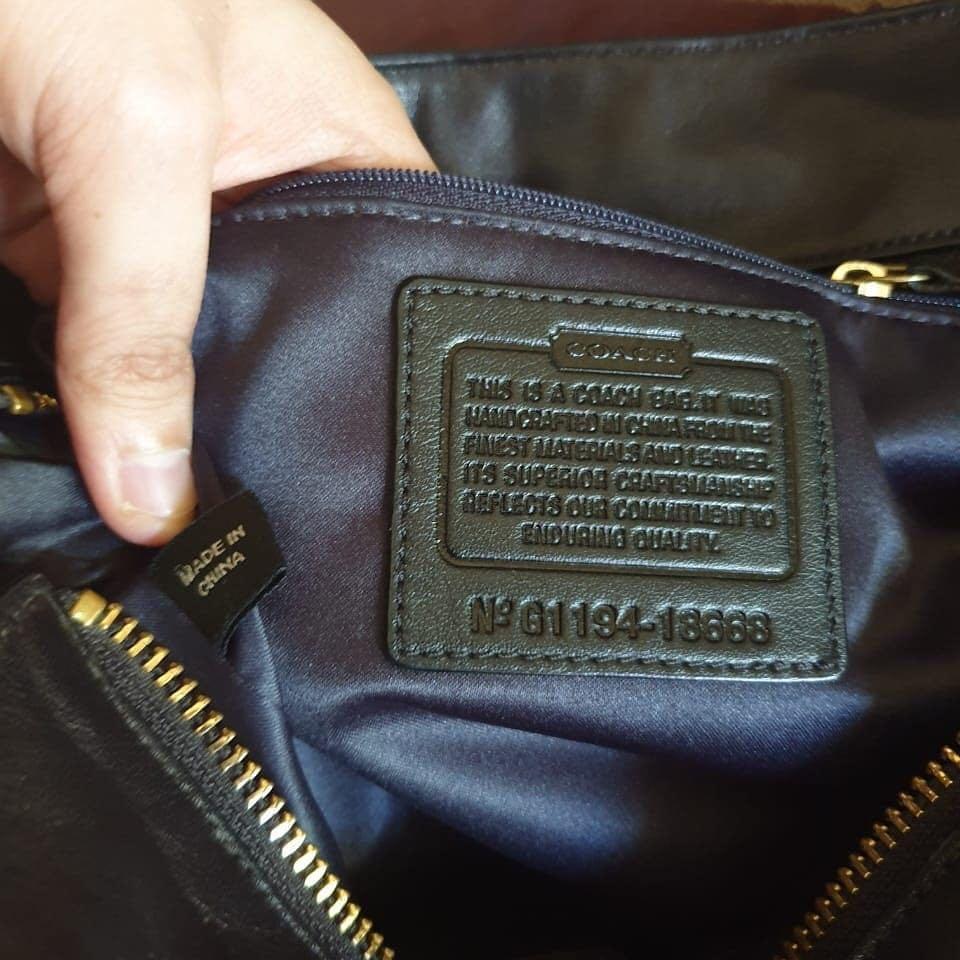 Coach small kelsey Authentic bahan kulit asli ada nomor seri kulit mulus Like New