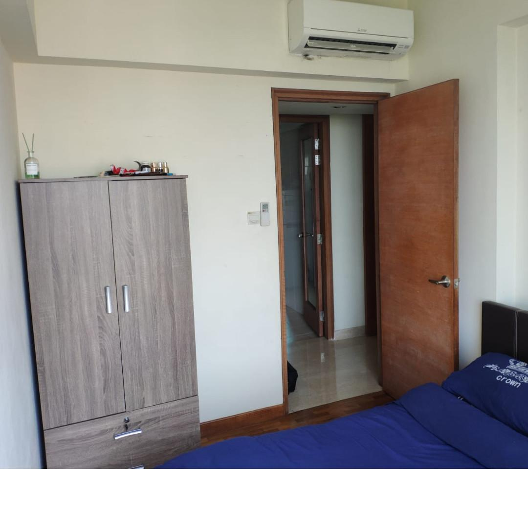 Common room for rent Paradise Palms, no owner staying!
